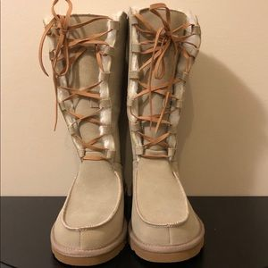 "NWOT UGG""Uptown Tall Lace Up Boot,Size-7 in Sand"